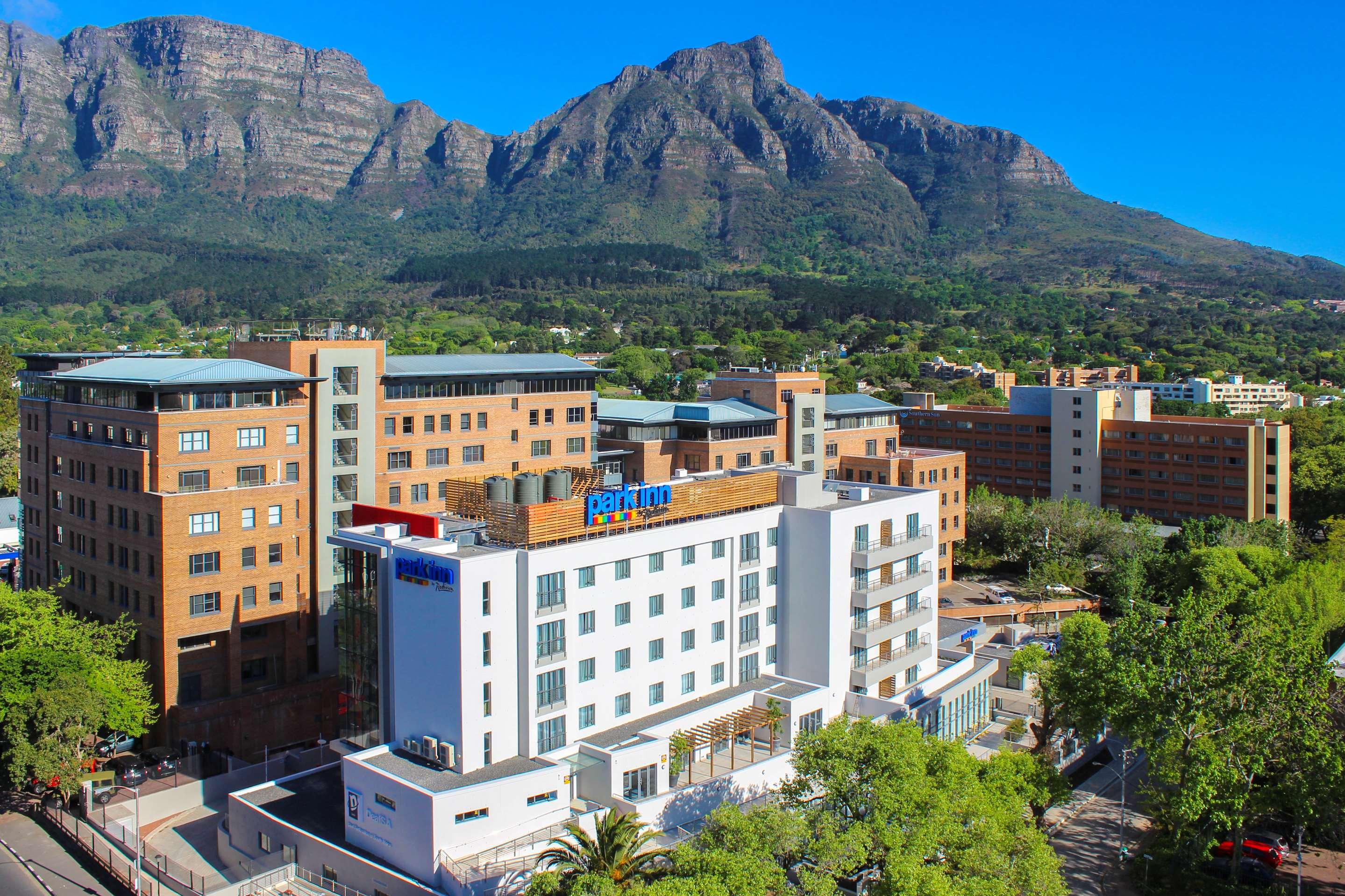 Hotel in Newlands, Cape Town | Park Inn by Radisson