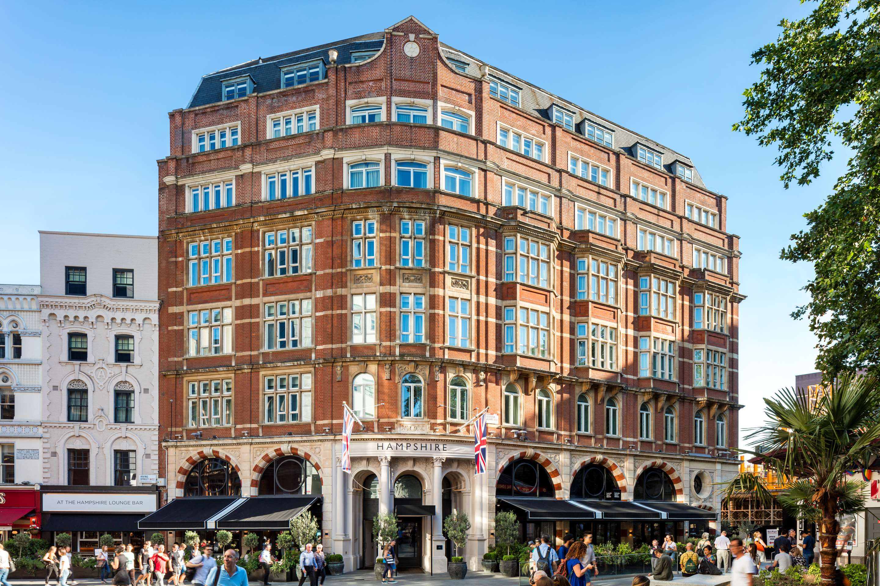 Bars Near Piccadilly Circus >> Leicester Square Hotel Radisson Blu Edwardian Hampshire