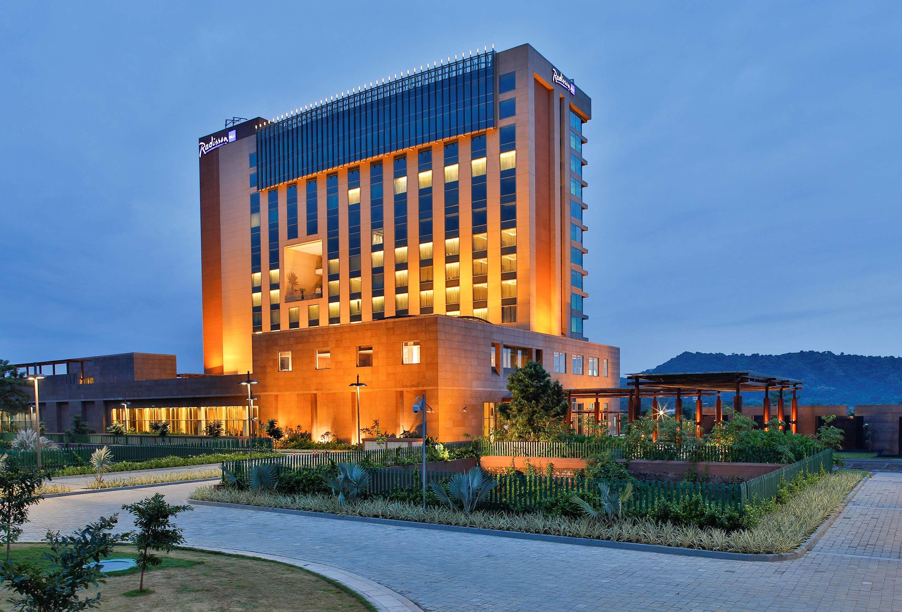 Hotels in Guwahati | Radisson Blu Hotel Guwahati