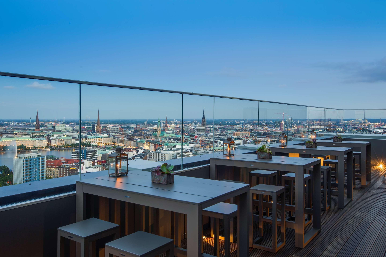 Hotels In Hamburg Cch Congress Centre Radisson Blu Hotel