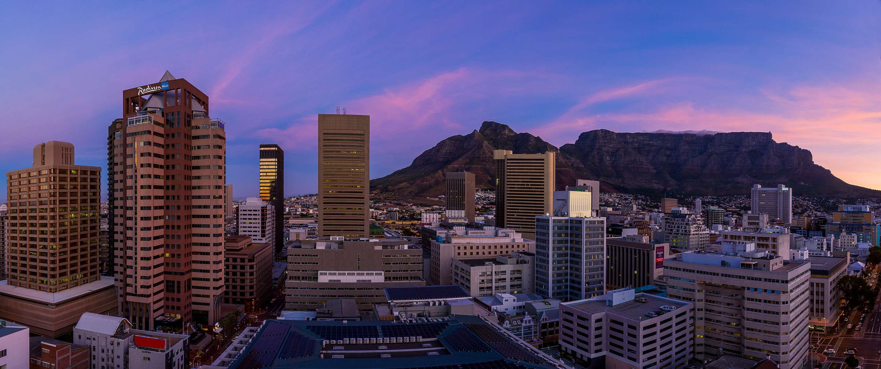 Hotel in Cape Town | Radisson Blu Hotel & Residence, Cape Town
